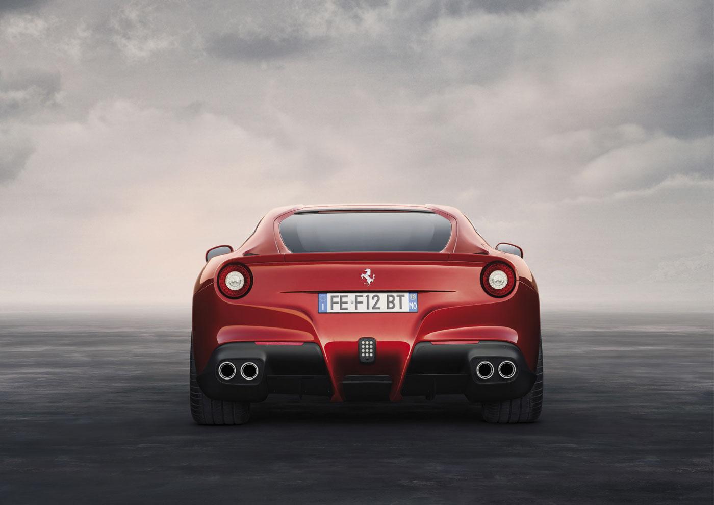 F12berlinetta_Post