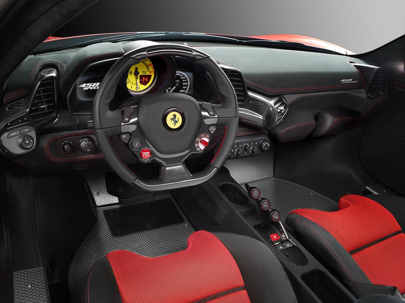 Ferrari-458Speciale_cruscotto_04_cont