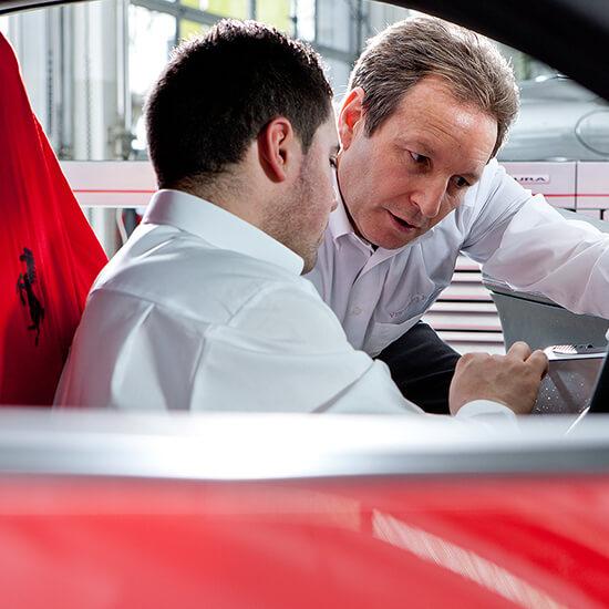 Service Dienstleistung Ulrich Ferrari Autohaus Frankfurt